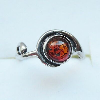 VINTAGE STERLING SILVER BALTIC AMBER RING (1,6g) SIZE 5?