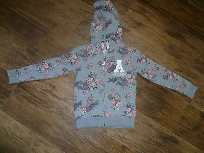 Girls H&M hooded top (age 4/6 years)