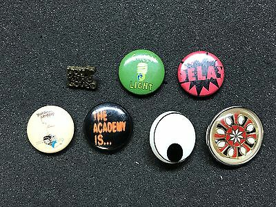 Mix Lot 7 Pinback Buttons Vintage Pins You are love, Dela