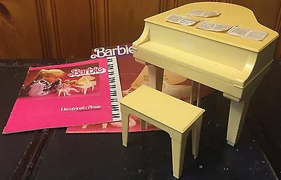 Vintage Rare Barbie Electronic Piano by Mattel No. 5085 1982 Working w/ Booklet