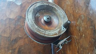 Vintage fishing reel 14.5cm maker unknown