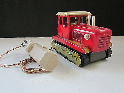 1960 Old China Tractor Driver The East Is Red Me#701 Battery Operated Tin Toy