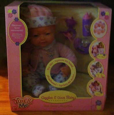 ** BRAND NEW ** 40cm Giggles & Coos Baby Doll & Accessories