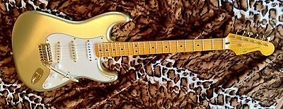 FENDER - Squier Classic Vibe 60th Anniversary Stratocaster Electric Guitar Gold