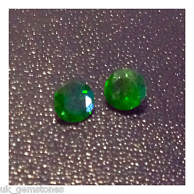 Natural Green Chrome Diopside Round, 0 0.51ct./ 5mm. Single Stone. 'Video'