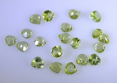 peridote faceted Green gemstone supply Trillion 5 X 5 mm 1pc AU