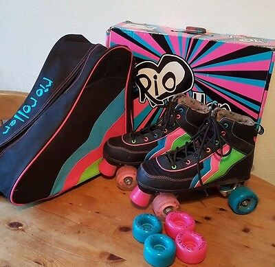 Rio Roller Skates Quad with flashing wheels & carry bag - UK Adult Size 6