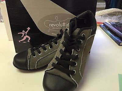 Split Sole Sneakers for dance exercise, jazz, hip hop