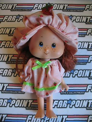 Vintage Berry Beauty Strawberry Shortcake Action Figure Doll +Outfit Headband