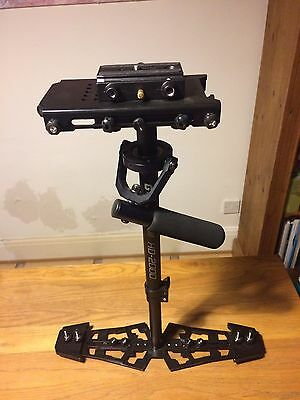 Glidecam HD-2000 with Manfrotto QR 577 QR Adaptor and Sliding Plate