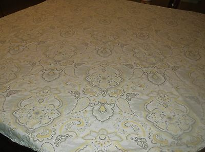 """vtg heavy cotton with texture round table cloth by Treshold, 60"""" across"""