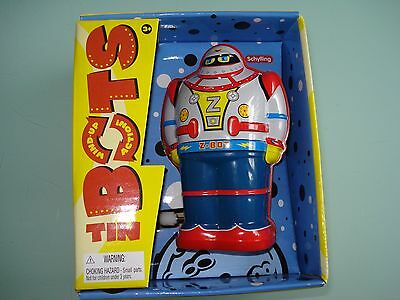 WIND UP TOY Robot - Collectable tin toy robot - Wind up and watch him go!