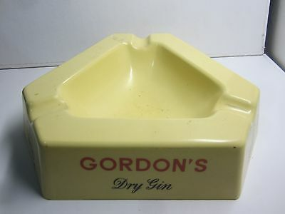Vintage Collectable Large Gordon's Dry Gin melamine Cigarette Ashtray Bar Pub