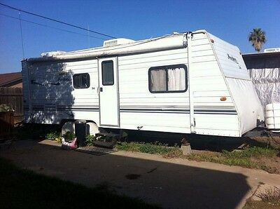 2002  RV Trailer 24 ft
