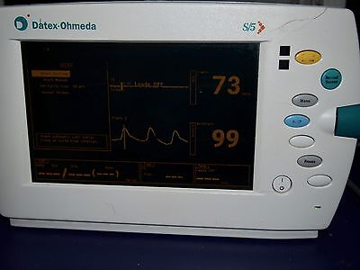 Datex Ohmeda   S5.    Patient Monitor.