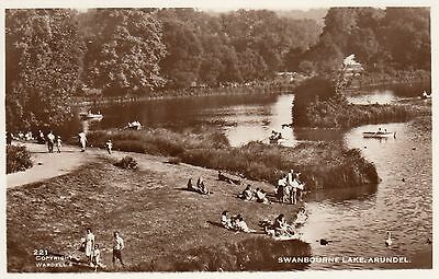 Postcard - Arundel - Swanbourne Lake