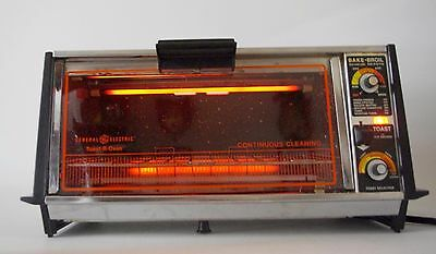 Vintage General Electric GE Toast-R-Oven Toaster Oven Broiler Chrome COMPLETE