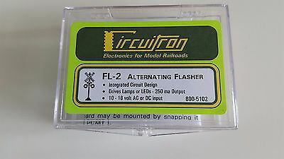 Circuitron Alternating flasher Integrated Circuit design 10-18V Ac or DC input