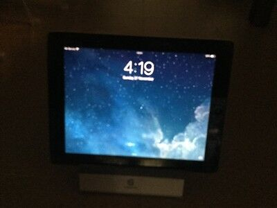 "Apple iPad 2 64GB, WiFi, 3G/4G,  9.7"" - Black Tablet - screen cracked"