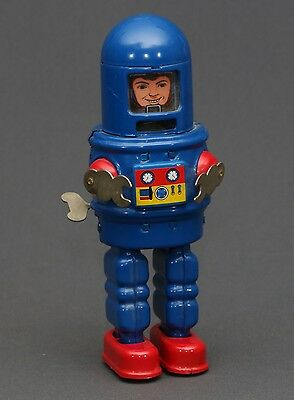 RARE Vintage Japanese Made Mechanical Blue Astronaut Space Robot Wind Up Tin Toy