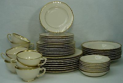 SYRACUSE china BRANTLEY pattern 55-piece SET SERVICE for EIGHT (8)