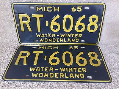 Nice Matching Pair 1965 State Of Michigan License Plate Plates Free Ship