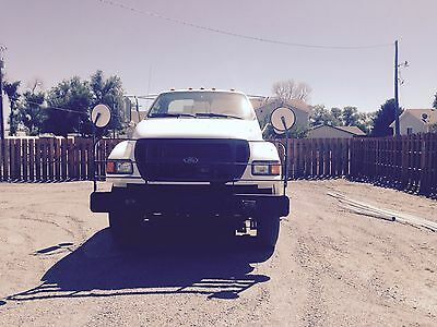 Ford 750XL Cab and Chassis only, 33000LB load capacity, White, 24ft chassis