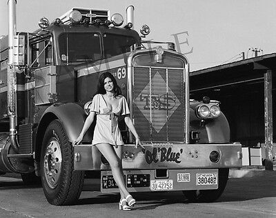 "Pinup Girl Model with 1970's Kenworth Semi Truck Big Rig Ol Blue 8""x 10"" Photo"
