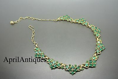 Vintage Trifari emerald green cubic rhinestone cocktail gold-tone necklace