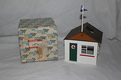 Vintage Scalextric First Aid Hut A211