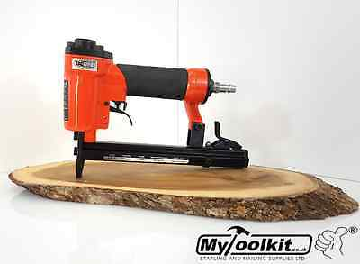 Tacwise 140 Series Air Operated Stapler Fires 4-14mm 140/T50 Staples A14014V