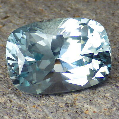 UNTREATED BLUE TOPAZ-RHODESIA 45.50Ct FLAWLESS-HUGE-TOP INVESTMENT/MUSEUM GRADE