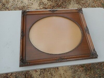 "** Beautiful Antique 25"" x 21"" Wood Ornate Picture Frame w/ Oval Center **"
