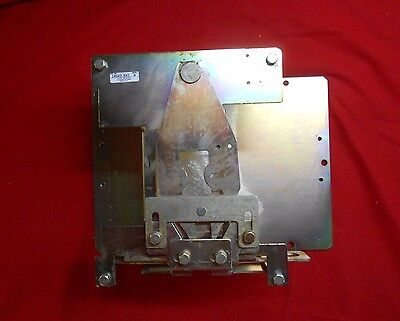 Allen-Bradley  1494D-N43  Flange Mounted Circuit Breaker Operators New In Box