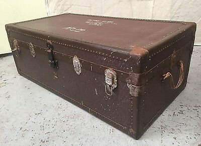 VINTAGE PYRAMIDE Travel Shipping TRUNK 40/50's LUGGAGE TOY CHEST Blanket Box