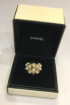 BAGUE CHANEL collection BAROQUE / OR JAUNE 18 Carats + PERLE - Chanel Ring T.53