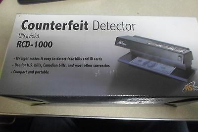 Royal Sovereign Ultraviolet Counterfeit Detector RCD-1000