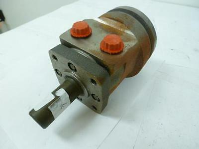 "84443 Old-Stock, Eaton 103-3030-012 Hydraulic Motor, 1"" OD 2-1/4"" Shaft L"