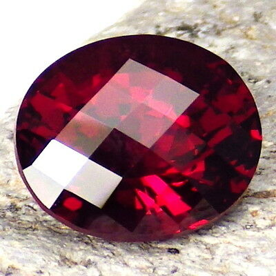 PYRALSPITE GARNET-E.AFRICA 6.15Ct SI1-EXTREMELY RARE TYPE OF GARNET-HAND FACETED