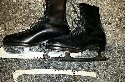 "Men's Black Vintage leather Ice Skates, ""The Stuburt"" by Stubbs & Burt.Size 9.5"