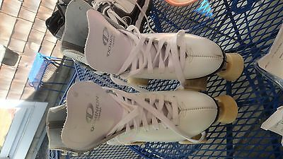Dominion Canada White Leather Roller Skates, Legends Wheels, 10 or 11 Women