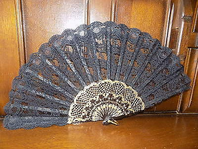 COLLECTABLE vintage black & gold lace folding hand fan