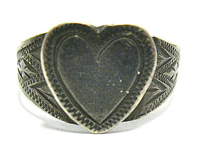Victorian Sterling Silver Heart Sweetheart Ring Band Size 9.25  3.3 Grams