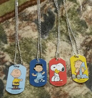 Peanuts Dog Tag Necklaces Set 4 Snoopy hugg Woodstock, Charlie Brown & Linus &