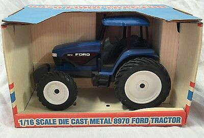 Scale Models Ford 8970 FWA Tractor 1st Edition 1994 1/16