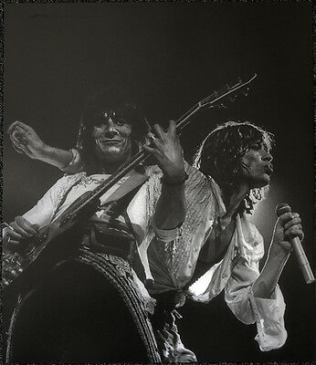 The Rolling Stones Poster Page Mick Jagger & Ron Wood . Y51