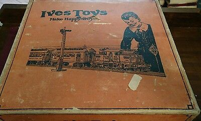 1920s Ives Standard Gauge TRAIN SET 692 w/BOX 3236 ENGINE 170 ,171 and 172 Cars
