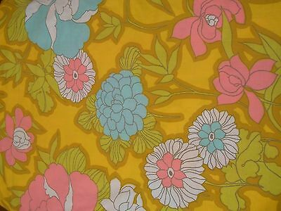 "Vintage 70's Queen Flat Floral Flower Power Pattern Sheet 90"" X 115"" fabric"
