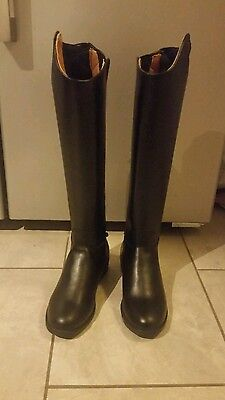 Saxon Equileather Boots Size 4