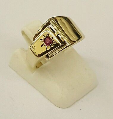 Beautiful 9Ct Gold Childs Kids Ruby Signet Ring Size H